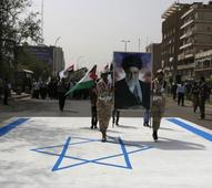 Iranians tell Palestinians to fight against Israel
