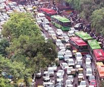 Delhi government makes U-turn on odd-even, seeks exemptions