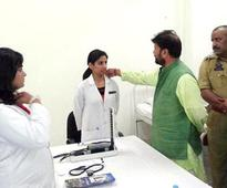 BJP minister in Jammu and Kashmir 'fixes' woman doctor's collar, image goes viral