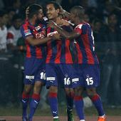 ISL 2015: Dos Santos' sublime strike takes Delhi Dynamos to semis