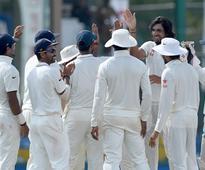 India break Mathews' resolve to end 22