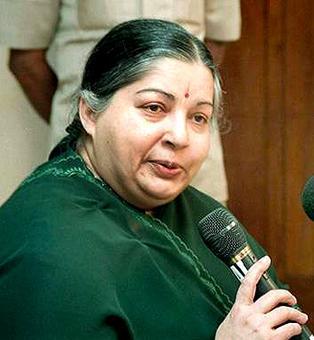 Siachen tragedy: Jaya announces Rs 10 lakh each to kin of 4 TN jawans