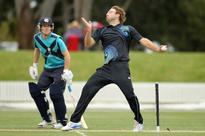 SA choose to bowl, Vettori returns for NZ