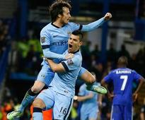 Chelsea and City draw to keep Premier League race alive; Man Utd, Liverpool win