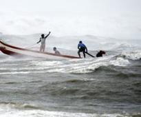 Rameswaram fishermen create ruckus after cou...