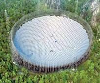 China building telescope with dish size of 30 football fields