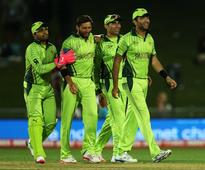 World Cup 2015: Misbah-ul-Haq Backs Bowlers to Slam Brakes on South Africa