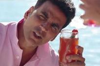 VIDEO: Akshay dances in high spirits in 'The Shaukeens'