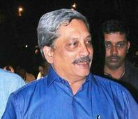 Parrikar: Don't understand court orders these days