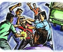 Suspected thief beaten to death by villagers in Gujarat