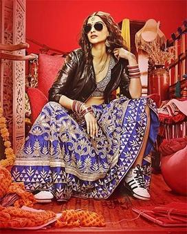 FIRST LOOK: Sonam Kapoor's swag in Dolly Ki Doli