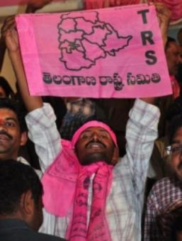 Andhra CM stalls Telangana Bill, UPA government in a fix