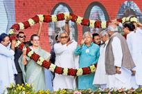 Anti-BJP forces target Narendra Modi at Patna's Swabhiman Rally