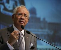 Malaysian PM says Indian Ocean plane debris being sent to France