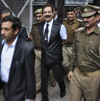 Pay Rs 2550 cr by June 15 or go to jail: SC tells Subrata Roy