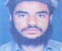 Pakistan hangs 2 terrorists, Army chief hails executions