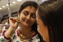Gold imports seen up, premiums likely to double on festive buying