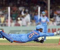 India wait on Saha fitness