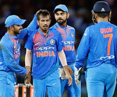 Will India's in-form bowlers seal Aus series in Indore?