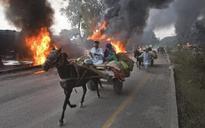 Pakistani Airstrikes Pound Taliban Hideouts in Retaliation