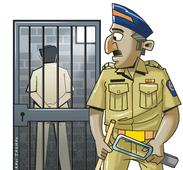 Racket involved in theft and piracy of satellite TV signals busted; kingpin arrested