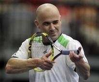 Agassi says would be 'beautiful' if Serena breaks wife Steffi Graf's 22 Grand Slam haul