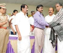 Police, people, who helped apprehend robbers, felicitated