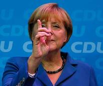 Merkel raps Putin, says Moscow-backed referendum on Crimea illegal