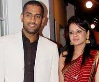 Dhoni to be dad soon: Reports