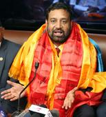 Nidhi briefs President about recent India visit