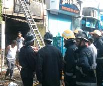 Mumbai: 8 killed as fire breaks out at medical store in Andheri