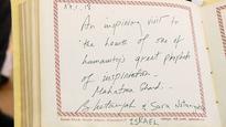 Israel PM, wife visit Gandhi Ashram, call it inspiring