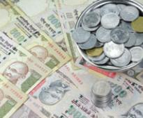 Rupee gains after RBI policy review