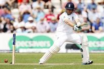3rd Test: India 25/1 after Eng score 569