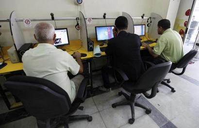 Fortune at the bottom of global pyramid for Indian internet firms