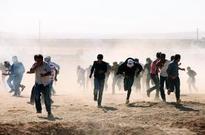 Some 130,000 Syrians reach Turkey, fleeing IS