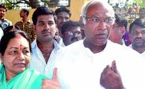 High voter turnout in Bidar, Gulbarga brings cheer to Congress, BJP camps