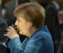 Barack Obama invites Angela Merkel to visit Washington