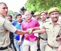 Motorcade and arrest drama near PM home
