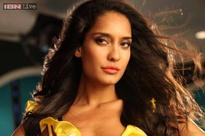Lisa Haydon diagnosed with dengue, skips 'The Shaukeens' promotion in Delhi