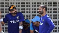 WATCH | Champions Trophy: Virat Kohli, Shikhar Dhawan groove to make most of travel time