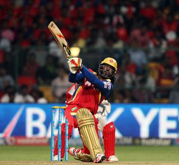 IPL: Lucky Gayle crushes Punjab's play-off hopes