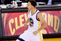 Warriors edge Rockets to double lead