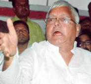 Lalu to skip Holi for polls