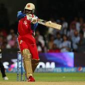 IPL 8: Chris Gayle's astonishing century rips KXIP apart at Bengaluru