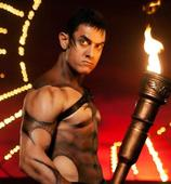 Watch: Aamir Khan gets his body painted!