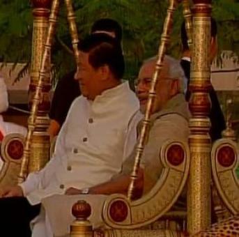 Modi, Xi get into the swing of things at Sabarmati