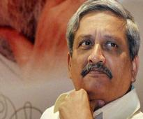 Manohar Parrikar meets JK CM, security situation discussed