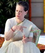 Giriraj Singh makes racist remark on 'white-skinned' Sonia; then regrets it