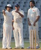 'Mixed feelings' in Mumbai dressing room - Zaheer